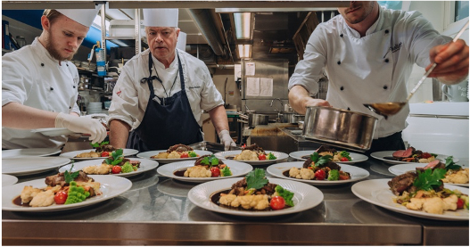 Local food – offer better dining experiences